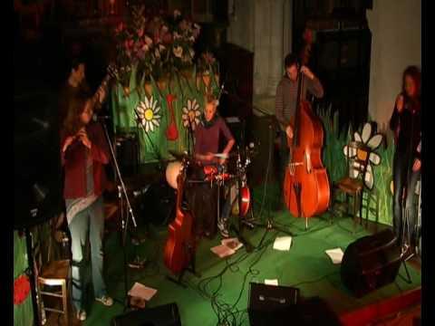 Danar - Morning Nightcup : le huitième morceau de Danar lors du concert en l'église de Messac