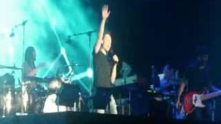 preview picture of video 'Tiziano Ferro @ Piazzola sul Brenta 08.07.2012 - Sere nere'