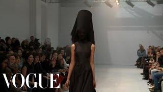 Fashion Show - Gareth Pugh: Spring 2013 Ready-to-Wear