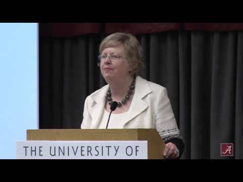 Dr. Judy Bonner delivers the 2015 Spring Faculty/Staff Address