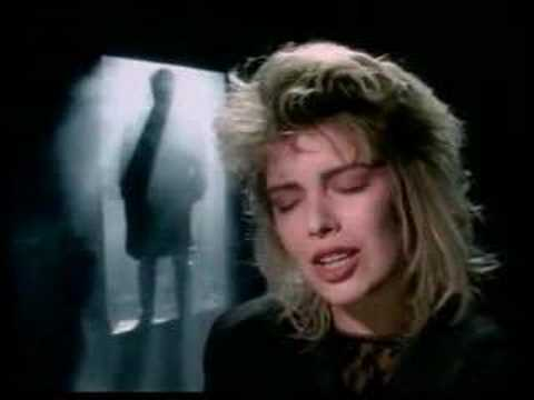 Kim Wilde - You Keep Me Hangin' On video