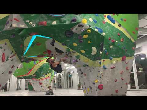 First Ascent: Uptown V5 - Black