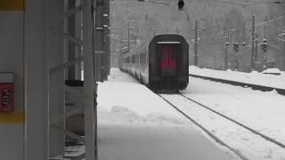 preview picture of video 'Kufstein Bahnhof im Winter 27.01.2015 mit Meridian-Zügen uvm.'