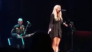 Lennon Stella  Vienna (Billy Joel Cover) Nashville Final Season Celebration The Opry  Nashville,TN