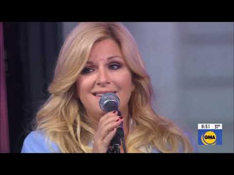 "Trisha Yearwood sings ""Love You Anyway"" from New Girl Live Concert Performance Nov 2019 HD 1080p"