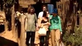 Angelina Jolie visit refugee in thailand