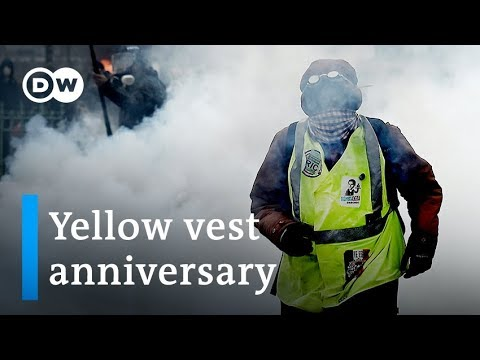 France marks yellow vest anniversary with tear gas and water cannon | DW News