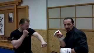 Экстремальный  рукопашный бой Ю. Кормушина. Сочетание блока и ударов