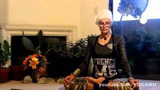 Смотреть онлайн Йога для омоложения и подтяжки мышц лица
