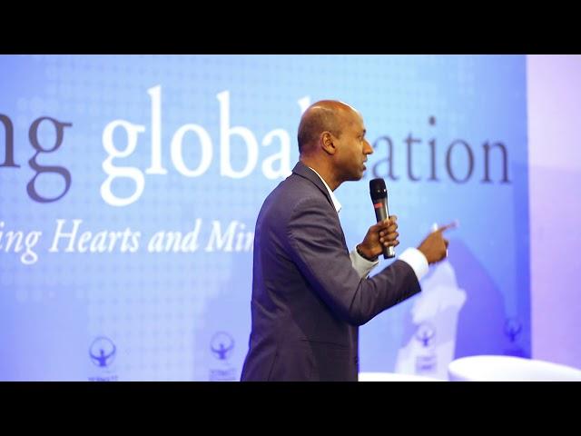 """N.Radjou : Comment faire mieux avec moins !Navi Radjou, Auteur de """"Innovation Frugal : comment faire mieux avec moins"""", montre comment l'innovation n'est pas seulement technologique ou numérique, mais peut se produire grâce à l'ingéniosité quotidienne de millions de personnes, y compris surtout ceux des pays les plus défavorisés de la planète. Conférencier international, il a participé à plusieurs reprises au Forum […]"""