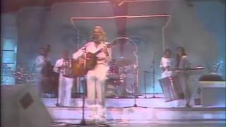 GEORGES MOUSTAKI Medley live 1982 - Video Youtube