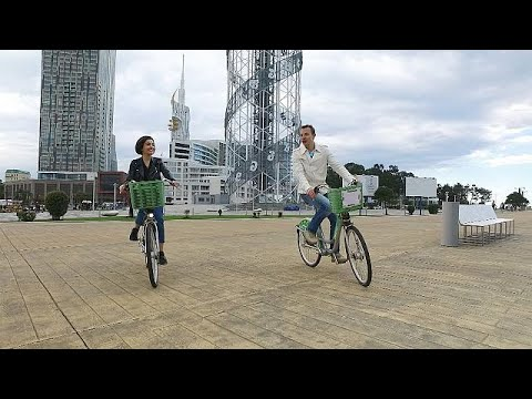 Γεωργία: Ανακαλύπτοντας το Βατούμι με ποδήλατο!