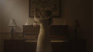 Lirik Lagu Sebuah Tarian yang Tak Kunjung Selesai - Nadin Amizah, Kudengar Namamu Jauh Tak Ku Kenal