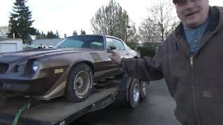 Z-28 Camaro Rescued after Spending 20-Years in a Barn. Will it Run?