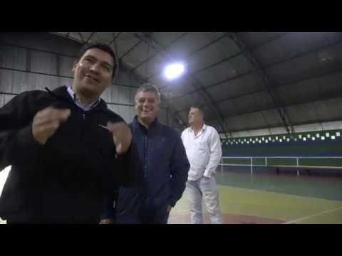 Prefeito Arizinho e vereador Clodoaldo anuncia a Nova Iluminação no ginásio de Esportes de São Lourenco da Serra
