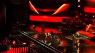 Wisin Y Yandel   Besos Mojados   La Revolución Live 2010