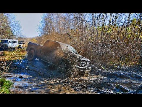 По уши в грязи - монстр Додж Рам на 37-х колёсах!