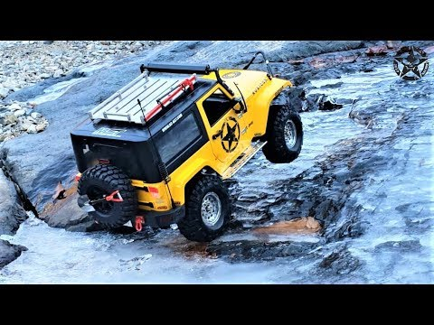 RC Car  MST CFX Jeep Rubicon Ice Rock Climbing