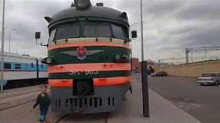 Советские дизельные и электропоезда пригородного сообщения