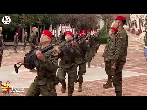 El Ejército entrega el Tarbuch al Grupo de Regulares de Ceuta nº 54