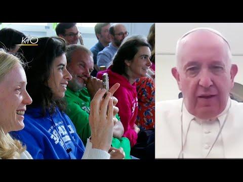 Partage inoubliable avec le pape pour les colocs de Lazare