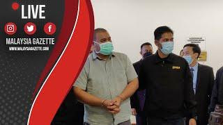 MGTV LIVE : Seorang Individu Awam Diiringi Pegawai SPRM Selangor Tiba Di Mahkamah Sesyen Shah Alam