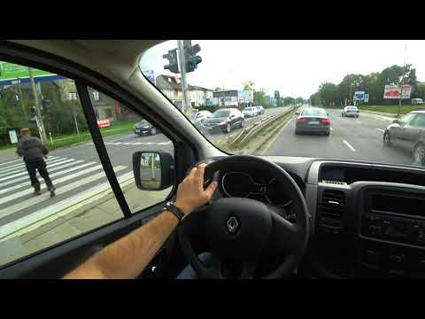 Renault  Trafic Минивен класса M - тест-драйв 4