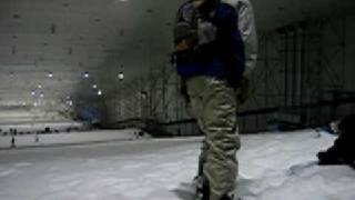 preview picture of video 'Snowboarding in Shanghai'