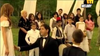Amir Yazbek امير يزبك الرقصة الأولى تحميل MP3