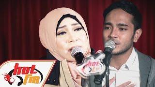 Gambar cover MELLY GOESLAW & MARTHINO LIO - Ratusan Purnama (LIVE) - Akustik Hot - #HotTV
