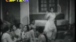 JOGI HUM TO LUT GAYE TERE -LATA--SHAHEED 1965 -LYRICS & MUSIC PREM DHAWAN