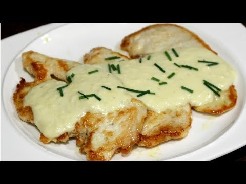 Filetes de pollo en salsa de queso, receta rapida y muy facil