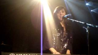 Christina Grimmie @ Paris - Counting Stars (OneRepublic Cover)