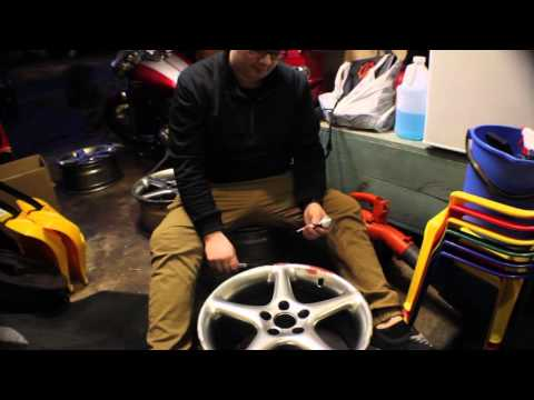 Restoring Wheels - The Saab Gets New Shoes