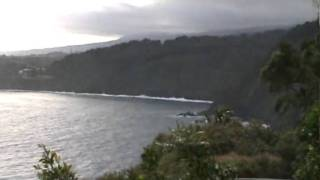 preview picture of video 'Road to Hana - Overlook Keanae'