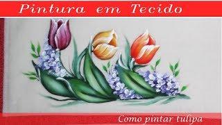 Pintando tulipas em tecido