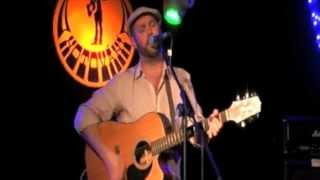 Video Alasdair Bouch - This Song's About You (Live)