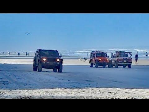 Driving Hummer H3 on the Beach in Daytona Beach