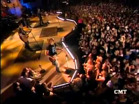 "Scotty in Keith Urban ""You Look Good In My Shirt"" Live from Daytona Beach 2004"
