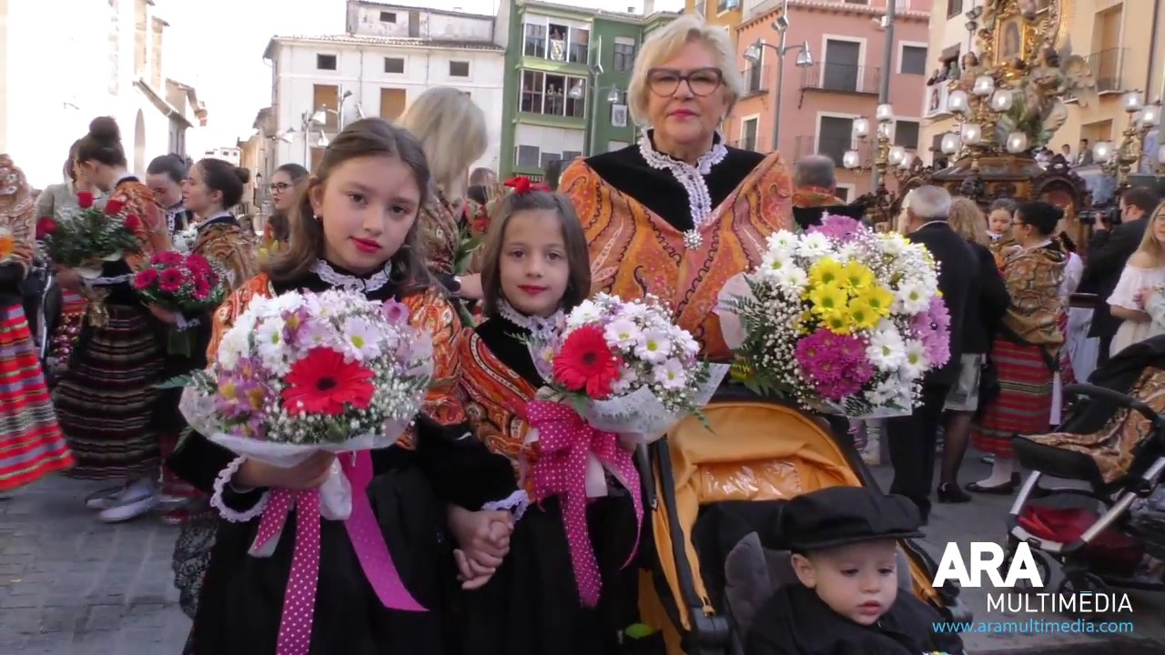 Berta Castelló Rodas emociona amb la Súplica a la Mareta de Cocentaina