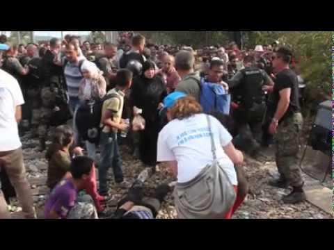 Δακρυγόνα κατά προσφύγων στα σύνορα Ελλάδας-ΠΓΔΜ
