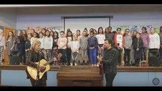 Brynn Elliott Meets Rice Square School Choir