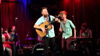 "The Gingerbeard Family, ""99 Red Balloons"" (Live @ the Roisin Dubh on July 18, 2014)"