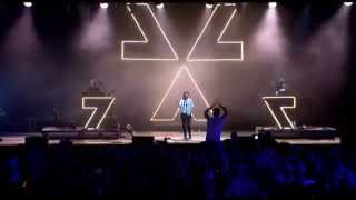 Chvrches - Strong Hand (T In The Park 2014 live)
