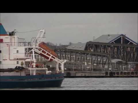 Thames Shipping by Richie Sloan, The ARCO DIJK Hopper Dredger.