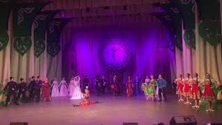 Рамзан Кадыров вручил награду танцору из Казахстана