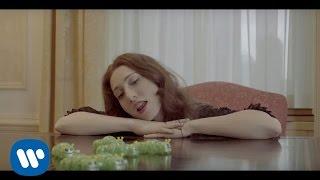 "Regina Spektor   ""Don't Leave Me (Ne Me Quitte Pas)"" Official Music Video"