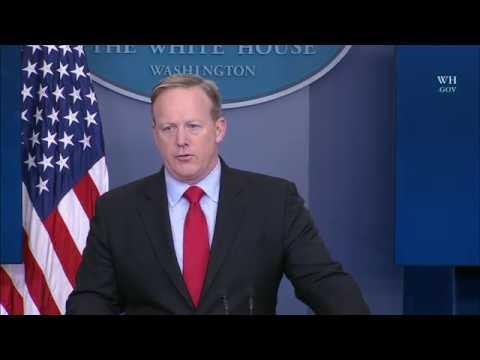 2/3/17: White House Press Briefing