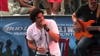 Joe Nichols - Baby Got Back - July 24, 2013
