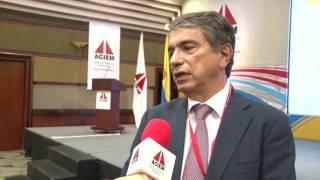 Eduardo Silva. Ismocol